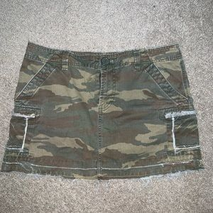 Old navy skirt, size 8